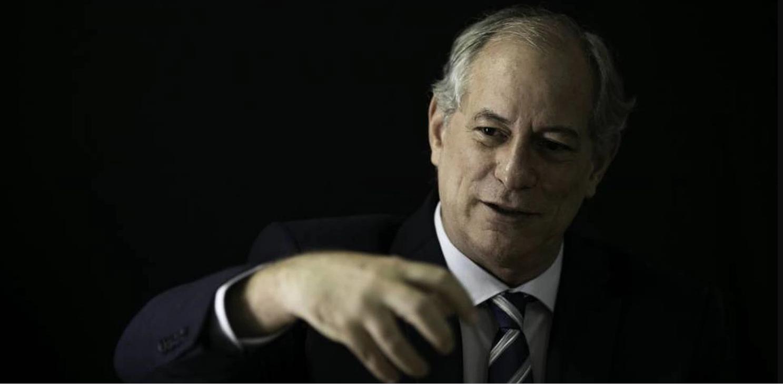 """""""A esta altura Lula já prometeu candidatura para Flávio Dino"""", diz Ciro Gomes em entrevista"""