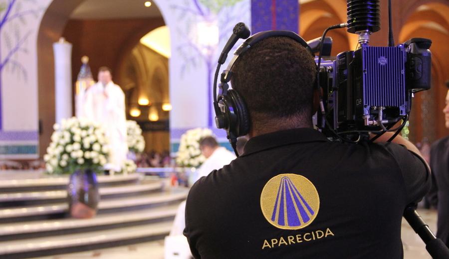 TV católica assume vice-liderança e passa do SBT