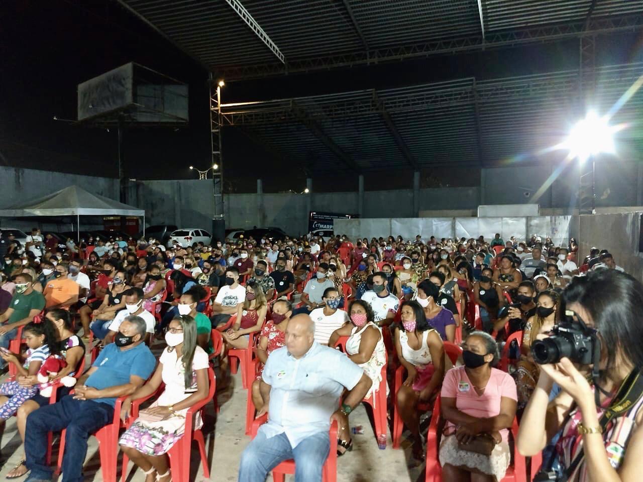Pinto Itamaraty Filho mostra força em encontro de lideranças em São Luís