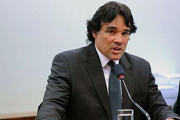Lobão Filho fala para a rádio Nova FM sobre ida pro PSL