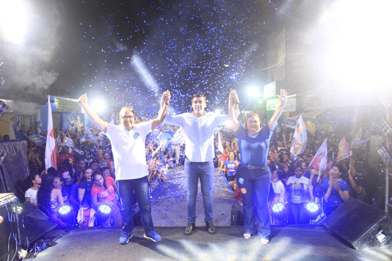 Jonas Magno realiza comício de encerramento de campanha em Rosário